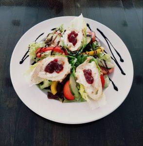 Rene's Restaurant Salate Teller